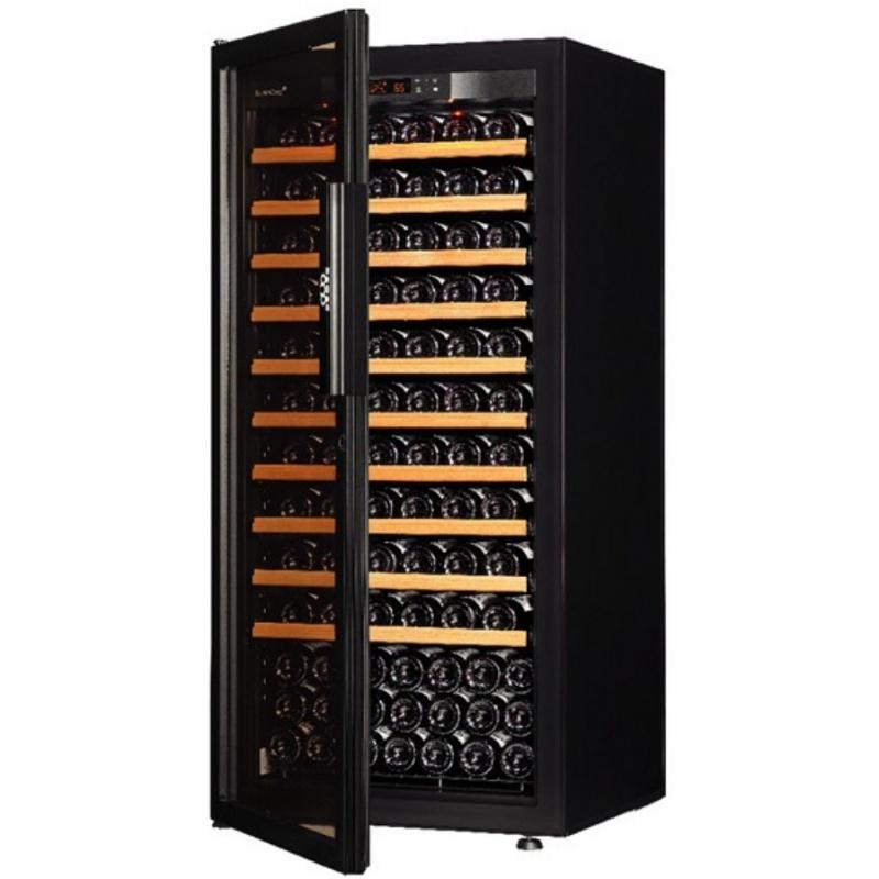 Vitrina de vinuri EuroCave V-Pure M capacitate 140-160 sticle usa cu geam rafturi glisante negru